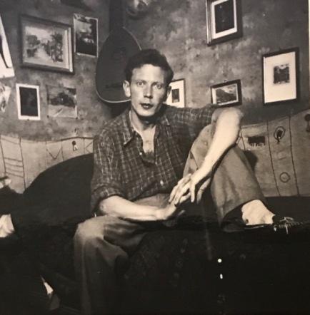 In seinem Zimmer, ca. 1939