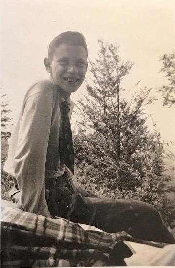 Karlheinz an seinem 16. Geburtstag, 10.6.1937 auf dem Uetliberg